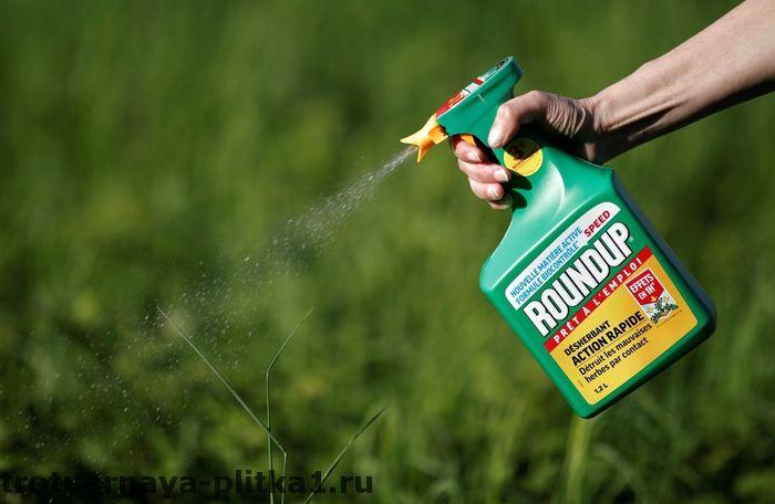 Как очистить тротуарную плитку от травы - эффективные методы в Наро-Фоминске