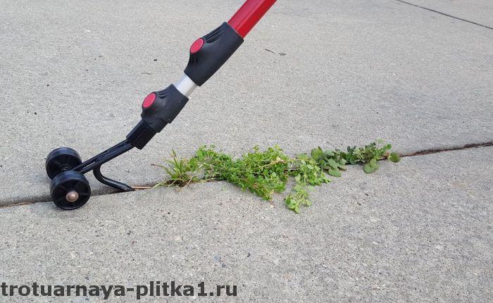 Народные средства для очистки тротуарной плитки от травы в Наро-Фоминске