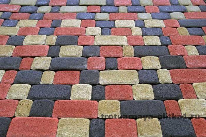 Укладка тротуарной плитки на раствор в стиле ретро в Наро-Фоминске