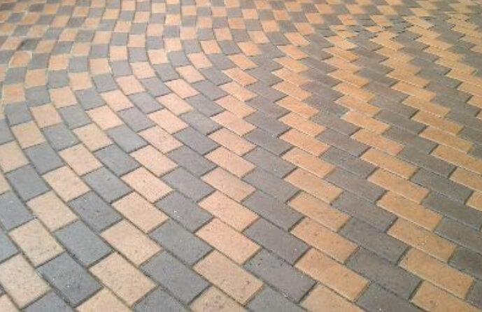 прямоугольная тротуарная плитка